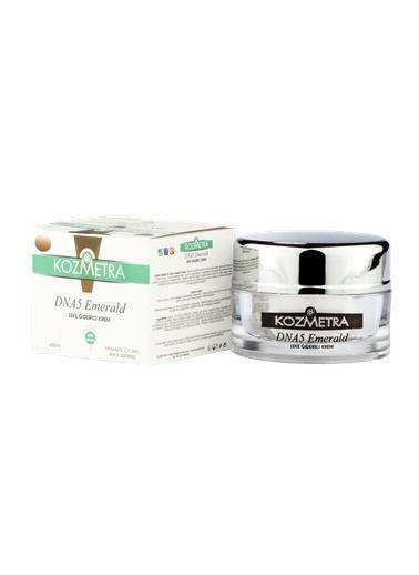 Kozmetra DNA5 Emerald Dark Spot Corrector Cream 50 ml  Renksiz